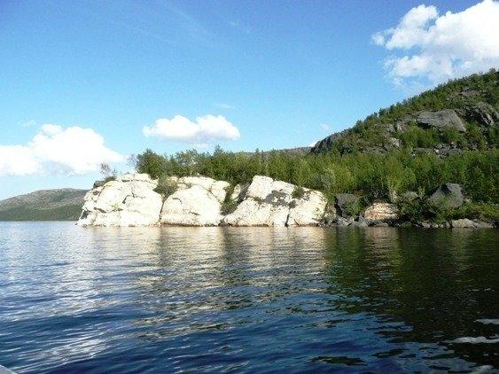 ОзероКуэтсъярви в районе Белого камня